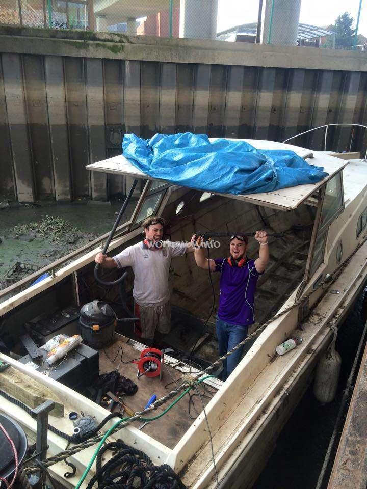 floating boat community in London